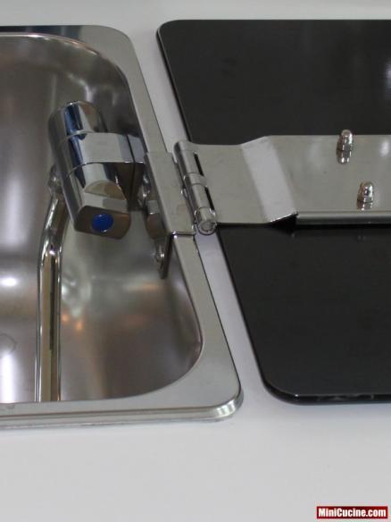 Base cucina con lavello e elettrodomestici a scomparsa 8