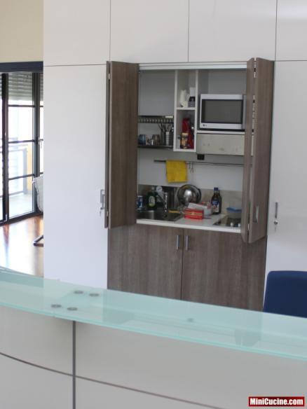 Mini cucina per ufficio 8 - Mini cucine a scomparsa ...