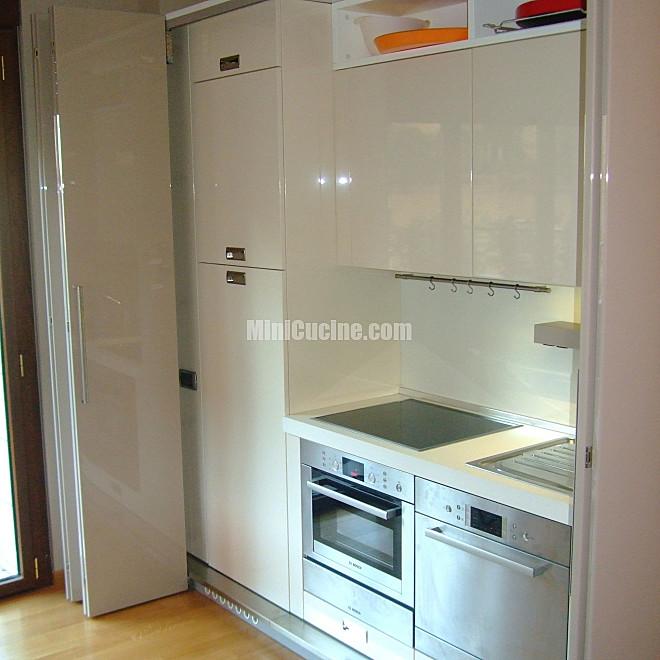Cucine su misura minicucine cucine moderne per piccoli spazi - Mobili cucina su misura ...