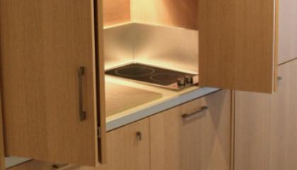 monoblocco cucina armadio a scomparsa