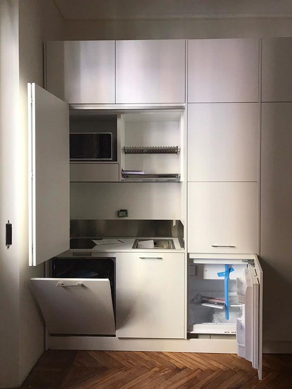 Mini cucina con sopralzi e forno